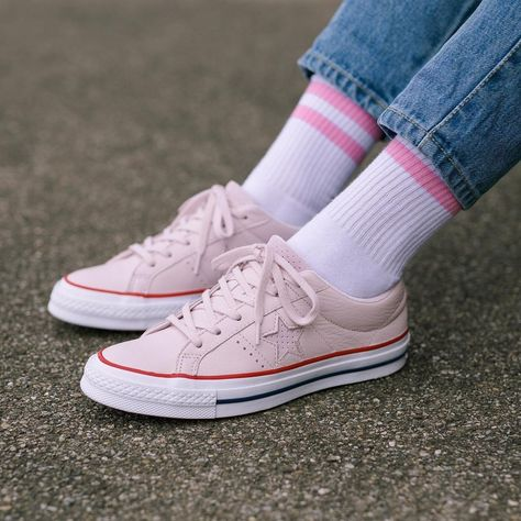 Converse CHUCK TAYLOR ALL STAR High top trainers barely rose