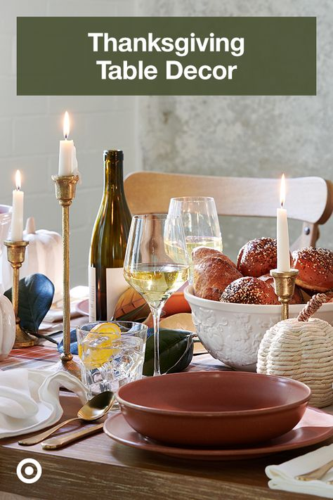 Set a warm  inviting table spread with Thanksgiving ideas, dining room decor  seasonal decorations that add to the celebration.