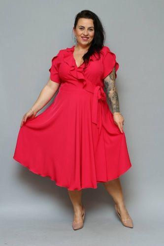 a94c0a727087c0 Kobieca i romantyczna sukienka MIRELLA to model który przypadnie do gustu  każdej Pani plus size lubiącej
