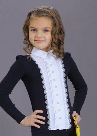 30cc8971a739c Блузки для девочек прекрасно подходят для школы. Какие школьные модели  стоит выбрать и что учесть