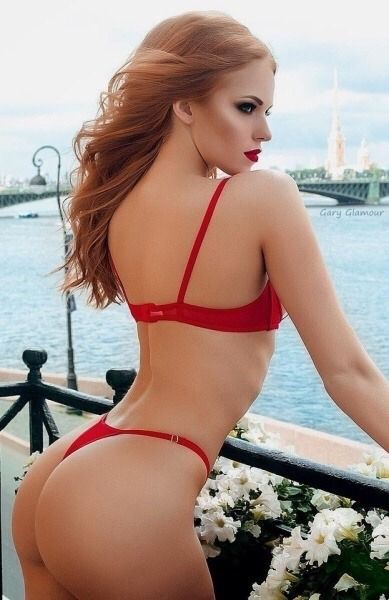 Sexy Redheads In Thongs