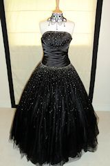 Black chiffon with lots of petticoats for the beautiful #transvestite within you.