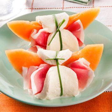 Presentazione Piatto Prosciutto E Melone.Prosciutto E Melone Come Preparare Un Piatto Sfizioso Galbani Ricetta Ricette Antipasti Antipasti Estivi