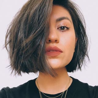 Soft Blunt Bob Short Hairstyles For Thick Hair Short Hair Styles For Round Faces Thick Hair Styles