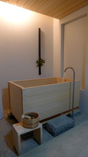 Hinoki Wood Japanese Tubs With Images Japanese Bathroom Bathtub Remodel Minimalist Bathroom