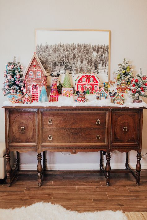 Sharing 7 simple steps on how to create the perfect Christmas village display. My favorite part of our holiday decor is this Disney Christmas village. Disney Christmas Village, Disney Christmas Decorations, Decoration Christmas, Christmas Villages, Christmas Mantels, Vintage Christmas Decorating, Christmas Tree Village Display, Diy Christmas Village Displays, Christmas Village Houses