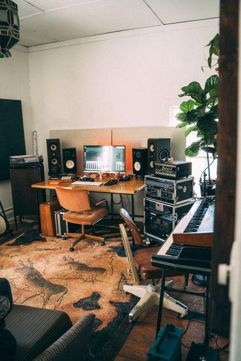 Home Recording Studio Setup, Home Studio Setup, Music Studio Room, Home Office Setup, Studio Ideas, Home Room Design, House Design, Music Bedroom, Room Setup