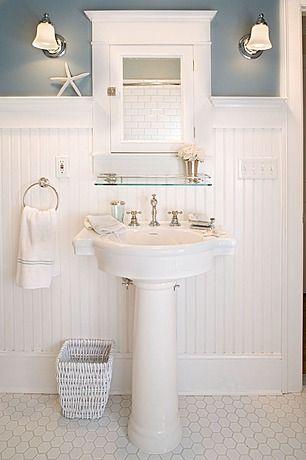 21 stunning craftsman bathroom design ideas pedestal sink baseboard and glass shelves - Pedestal Sink Bathroom Design Ideas