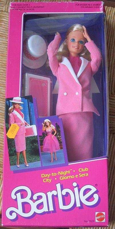 Barbie Playline - Les Pink Boxes des années 80ma première Barbie