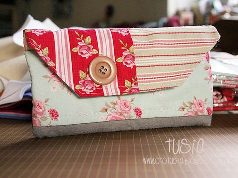 Fabric Art-Journal holder made by Tusia.
