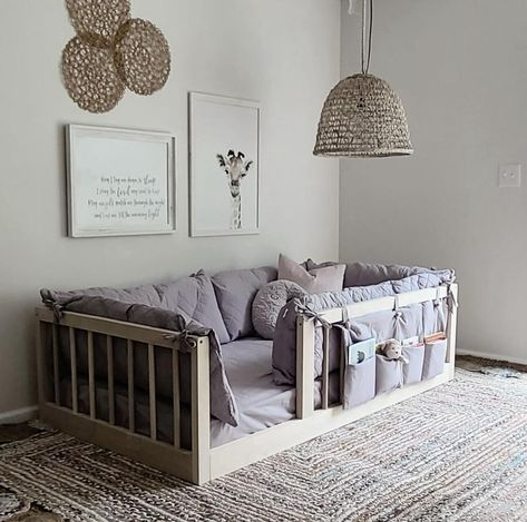 Montessori Bed, Maria Montessori, Floor Bed Frame, Toddler Floor Bed, Wooden Bed Frames, Bed Sizes, Kid Beds, Girl Room, Microsoft