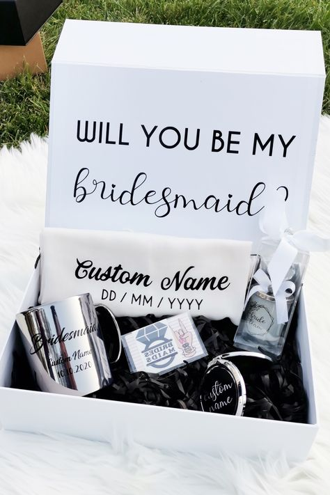 Your beautiful Personalised Bridesmaid Proposal Gift Box is FILLED with lovely treats and gifts for your Bridesmaids and Maid of Honour. A wonderful way to propose to your Bridesmaid or to thank her on or after your big day. #bridesmaidproposal #bridesmaidgift #brideteamgift #willyoubemybridesmaid #maidofhonor #bridesmaidproposalbox