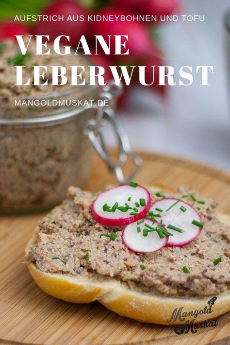 Vegane Leberwurst ist ein einfacher Brotaufstrich aus Kidneybohnen, Räuchertofu, Zwiebeln und Gewürzen. Schnelle Zubereitung.