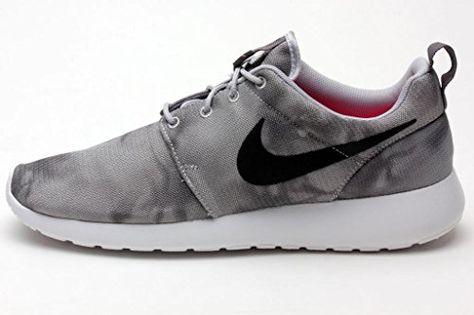 32604c24388 Nike Mens Rosherun Print WOLF GREY dark grey white black 655206-001  Amazon Shoes