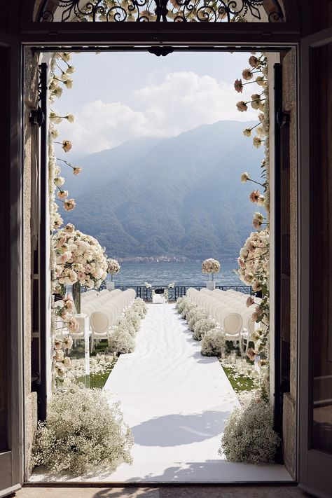 Discover recipes, home ideas, style inspiration and other ideas to try. Perfect Wedding, Dream Wedding, Wedding Day, Elegant Wedding, Wedding Story, Wedding Favors, Wedding Photos, Wedding Goals, Destination Wedding