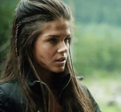 Marie Avgeropoulos, le das?