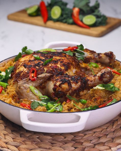 The Free Ranger Roast Chicken Red Curry made in just one pan? The perfect crowd pleaser to impress hungry friends!