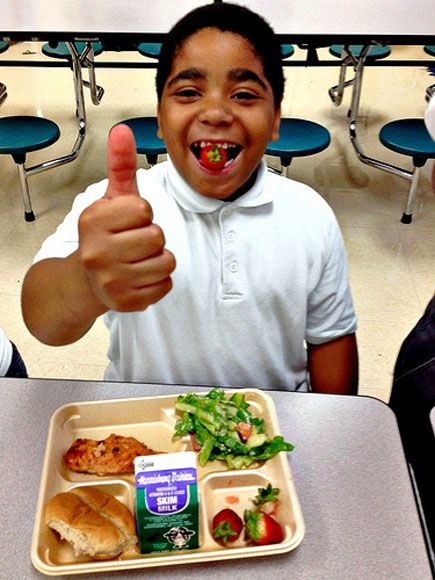 DC students are loving the local, healthy options at school.