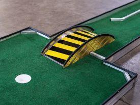 Aluminum Bridge Portable Mini Putt Putt Golf Manufacturer Obstacles 2 Mini Golf Course Mini Golf Games Portable Mini Golf
