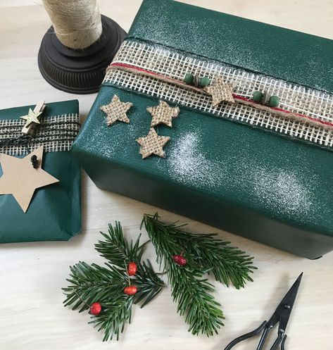 Weihnachtsgeschenke Pinterest.Weihnachtsgeschenke Verpacken Papier In Tannengrün Regalos