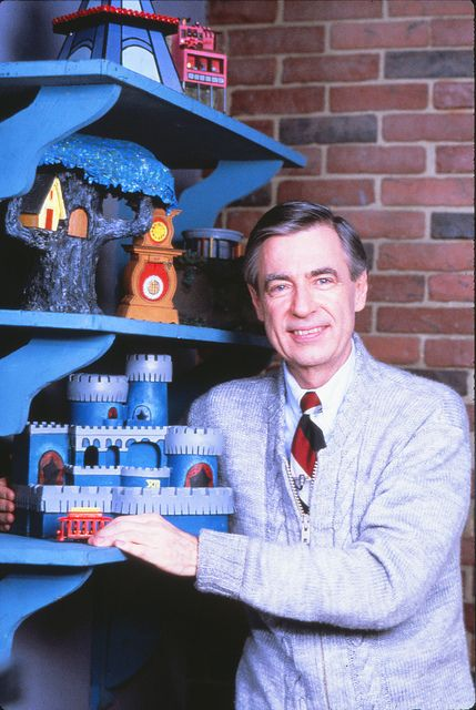 Fred With Models On Shelf Mister Rogers Neighborhood Mr Rogers Fred Rogers