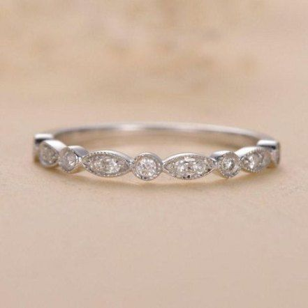 Gold Floral Wedding Band For Women Vintage Style Wedding Ring Ring For Her Gold Wedding Ring Anniversary Ring In 2020 Wedding Rings Unique Wedding Rings Vintage Floral Wedding Bands