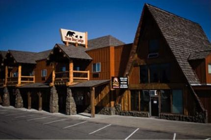 Yellowstone Lodging At Three Bear Lodge Favorite Places Pinterest Hotel Motel And