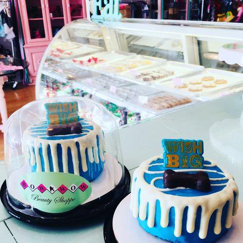 Peachy Dog Cakes Dog Cupcakes And Gourmet Dog Birthday Treats At This Funny Birthday Cards Online Necthendildamsfinfo