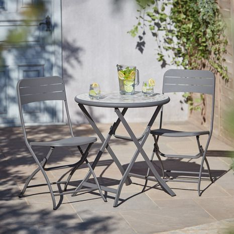 Chaise De Jardin Pliable Kythros Goodhome En 2020 Salon De Jardin Metal Chaise De Jardin Mobilier De Balcon