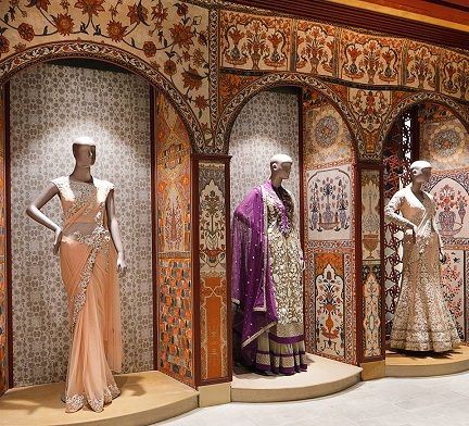 Top 15 Famous Designer Boutiques In India With Names Fashion Designers Famous Fashion Designers Names Famous Designers