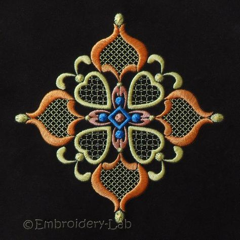 Maple leaf Machine Embroidery Design clothes decor embroidery ornament pattern PES design HUS file VP3 file JEF design