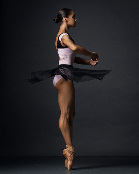 ideas photography dance ballet misty copeland for 2019 Misty Copeland, Ballet Theater, American Ballet Theatre, Black Dancers, Ballet Dancers, Bolshoi Ballet, Ballet Beautiful, Black Is Beautiful, Black Ballerina