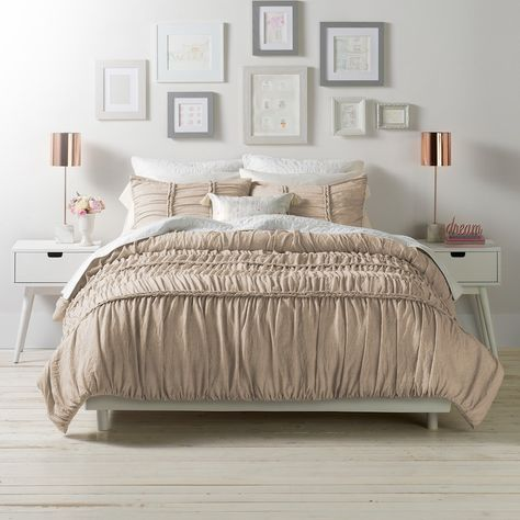 Add stunning texture and dimension to your bedroom decor with this elegant LC Lauren Conrad Braided comforter set. Lc Lauren Conrad, Lauren Conrad Bedding, Ralph Lauren, Duvet Bedding, Comforter Sets, King Comforter, Master Bedroom, Bedroom Decor, Bedrooms