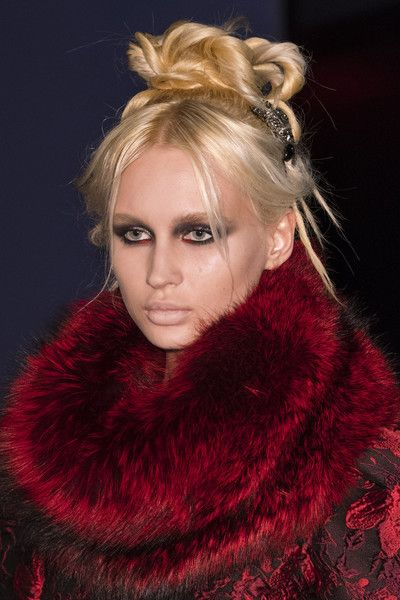 Carmen Marc Valvo, Fall 2018 - The Most Dazzling Hair and Beauty Details From NYFW Fall 2018 - Photos