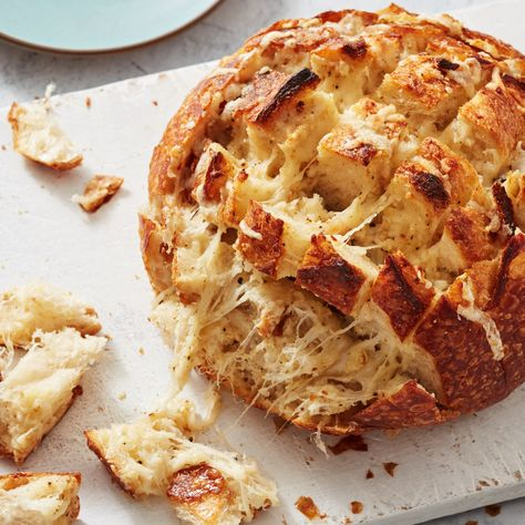 Roasted Garlic and Four-Cheese Pull-Apart Bread by Ree Drummond