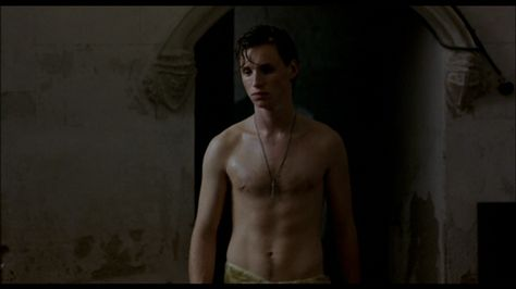 The Stars Come Out To Play: Eddie Redmayne - Shirtless in