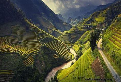 Trekking Mu Cang Chai and admire best rice terraces in Vietnam