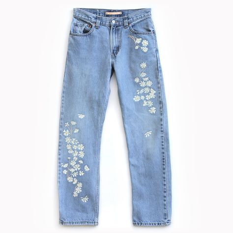 Bliss-and-Mischief-Chamomile-Embroidered Vintage Levi 501 Jeans