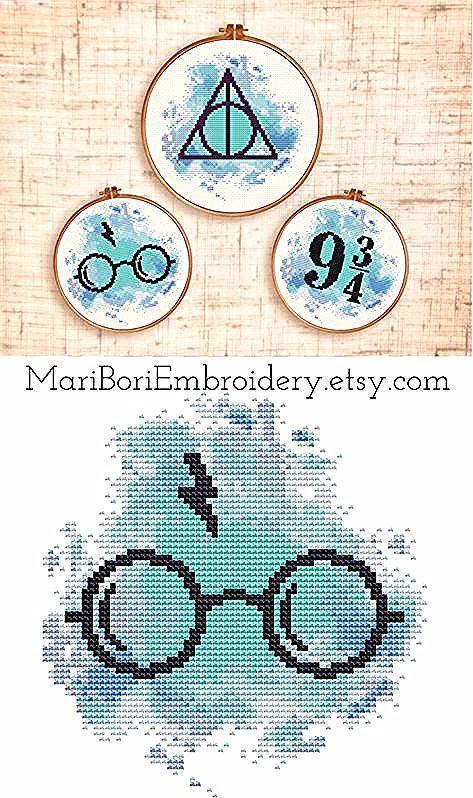Satz Von Drei Harry Potter Kreuzstichmustern Heiligtumer Des Todes Des Drei H Harry Potter Cross Stitch Pattern Cross Stitch Harry Potter Cross Stitching