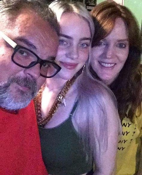 💚💚💚Oh god how do I adore them💚💚💚  Billie Eilish, Elizabeth Olsen, Scarlett Johansson, William Christopher, Steven Moffat, Christopher Eccleston, Rory Williams, Donna Noble, Billie Piper