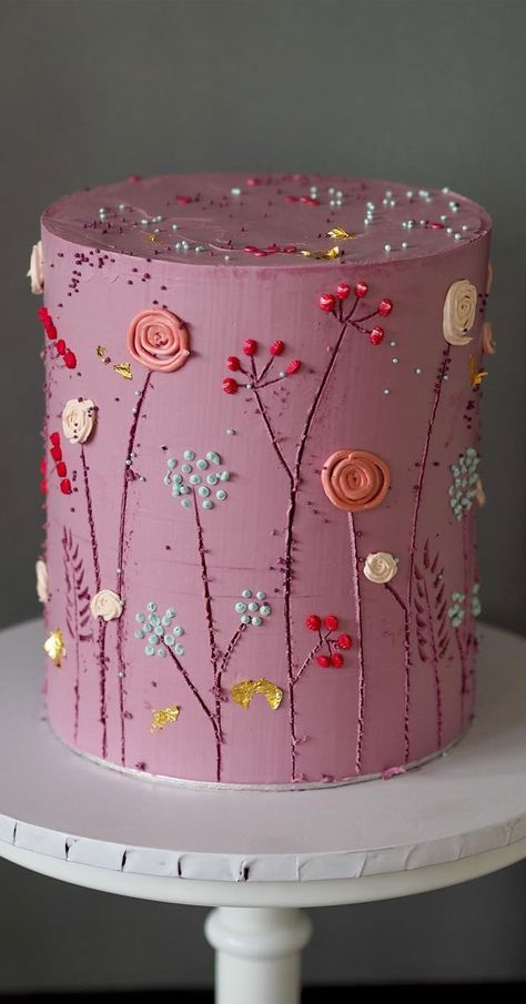 Need some inspiration for your cake design? Which style of cake should you choose? What should it taste like? The wedding cake style will. # cake decorating The Prettiest & Unique Wedding Cakes We've Ever Seen Pretty Wedding Cakes, Unique Wedding Cakes, Wedding Cake Designs, Pretty Cakes, Cute Cakes, Beautiful Cakes, Amazing Cakes, Wedding Themes, Cake Wedding