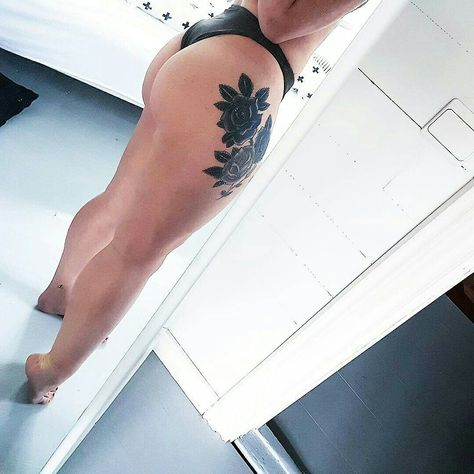 Healthy and curvy but that is okey! Also got a new black rose thigh tattoo. Instagram: nisbaxter