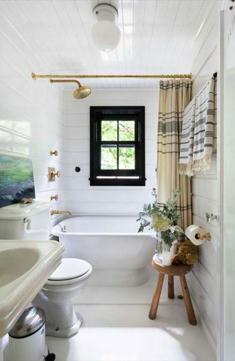 A Montauk Beach House Designed By Roman And Williams Black Window Frames Bathroom Tub Shower Bathroom Trends