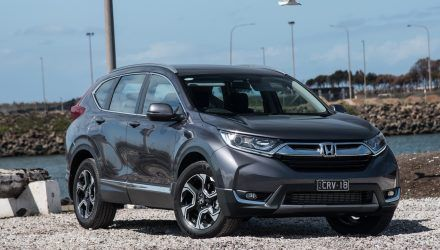 2018 Honda Cr V Review Vti 2wd Vti S 4wd Video In 2020 Honda Cr Honda Cr V