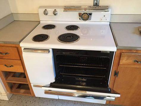 General Electric 1950 S Vintage Stove In Excellent Cond Vintage Stoves Vintage Kitchen Small Kitchen Appliances
