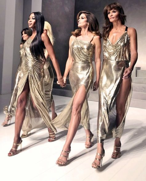 FrenchEconomie™️ Spring/Summer 2018 Latest Women's Fashion: Versace Haute Couture Runway Fashion Show Spring-Summer 2018