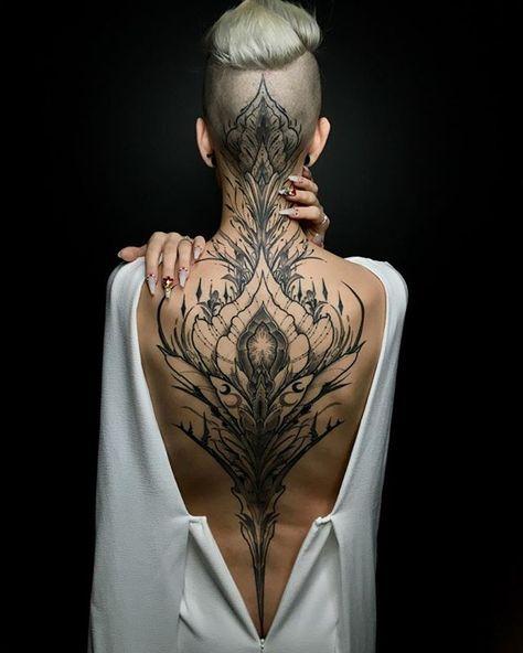 Qual é o seu maior projeto? Conta pra gente vamos trocar!   Artista: @raphcemo  Vem cá nós estamos também nos perfis: @tattoo2us | @trendstattoo | @piercing2me | @drawing2me #tattoo2me