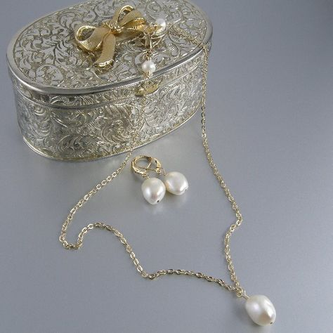14k gold filled white baroque pearl necklace and earring bridal set. BUY NOW http://jewelrybytali.com/products/white-baroque-cultured-pearl-necklace-and-earring-set