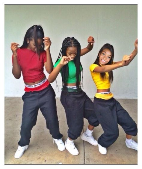 Dope they dress like TLC