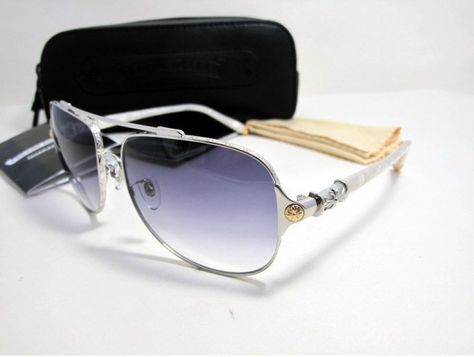 Plain Wrap Sunglasses With Silver Style Decoration On The Temples